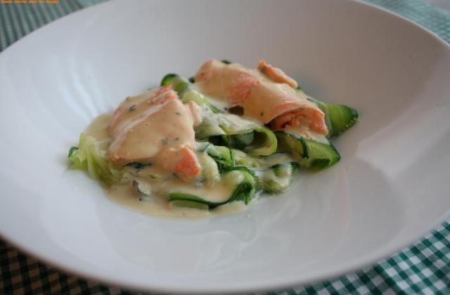 Tagliatelles de courgette au saumon et sabayon de Roquefort - Photo par brigitXg