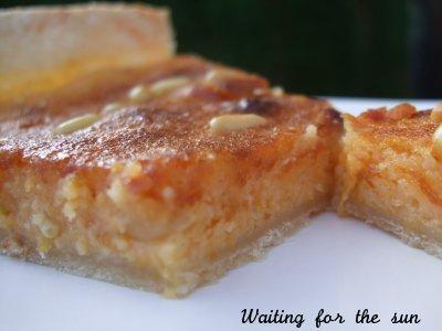 Tarte à la frangipane d'abricots et aux pignons de pin - Photo par christgOm