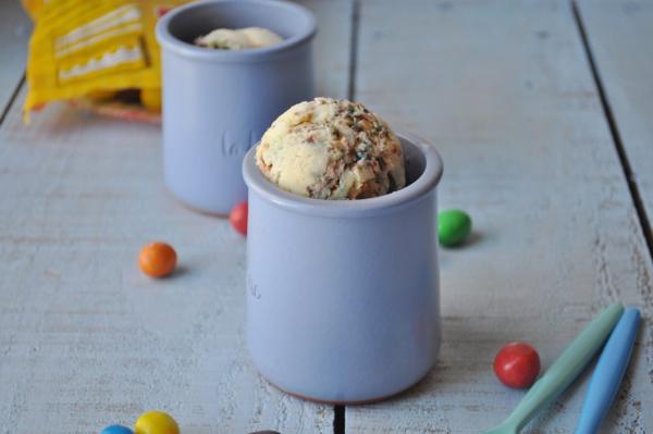 Crème glacée fondante aux M&M's - Photo par BoopCook