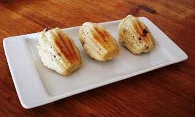 Madeleines au roquefort et aux dattes - Photo par lecookiemasque