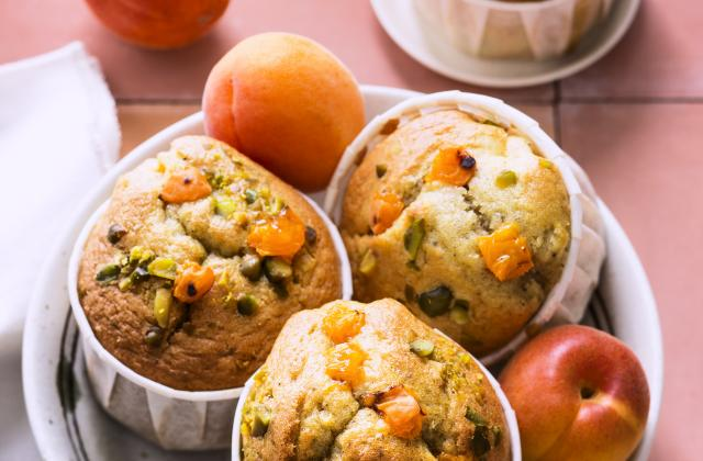 Petits gâteaux moelleux à l'abricot huile d'olive et pistaches - Photo par Interfel