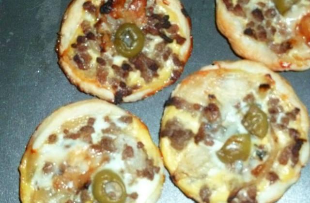 Tartelette viande hâchee roquefort et olives - Photo par coutele