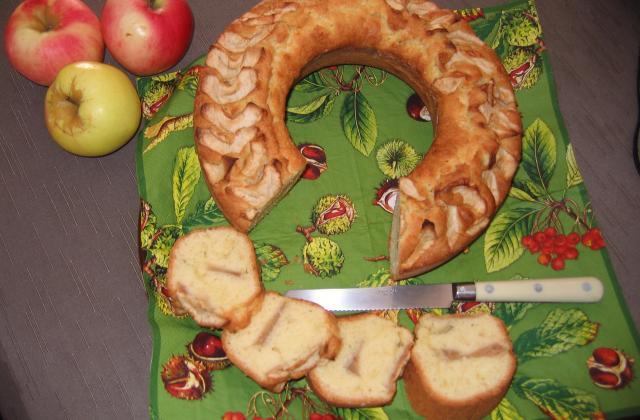 Cake aux pommes inratable - Photo par cd8993