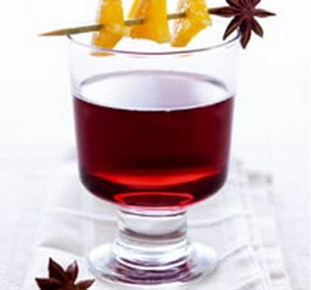 Vin chaud aux agrumes et aux épices - Photo par Luminarc