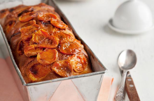 Cake aux abricots tout simple - Photo par Marie-Rose Dominguès