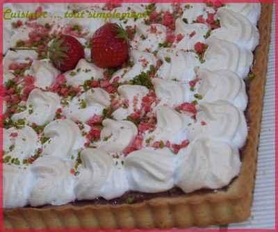 Carré meringué à la crème de fraises - Photo par cuisinertoutsimplement