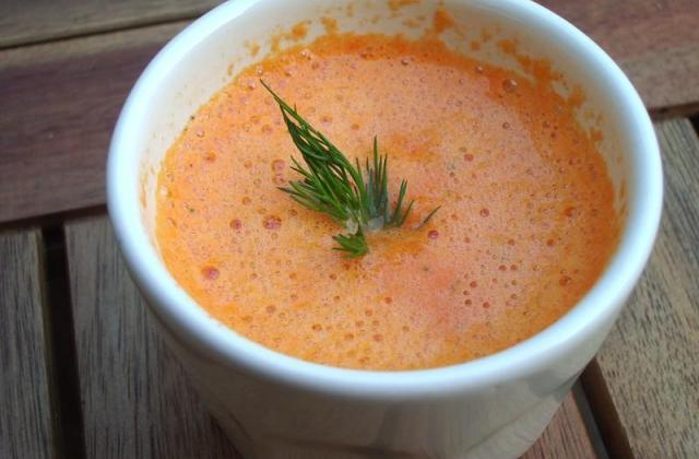 Soupe poivron et maïs pimentée - Photo par Kaedelove