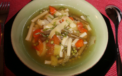 Cuisine italienne: minestrone - Photo par vekasm