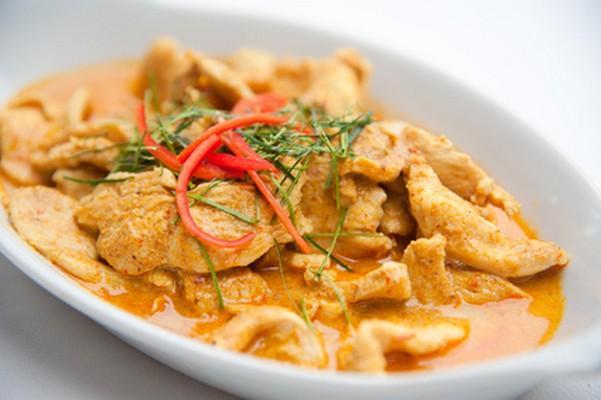 Sauté de porc au curry - Photo par lilas-ss