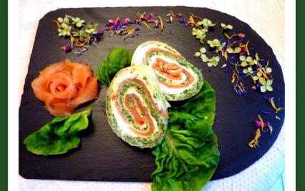 Omelette roulée saumon épinards - Photo par nicole4X