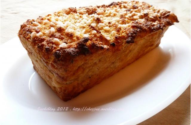 Gâteau de pain perdu, pomme et cannelle - Photo par juekiblog