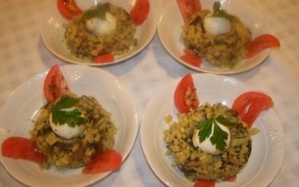 Risotto de pommes de terre aux cèpes et œufs mollets - Photo par findv