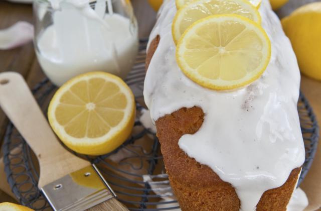 Cake au citron avec glaçage - Photo par 750g
