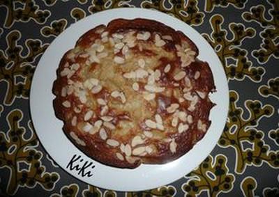 Mon gâteau aux poires, yaourt et amandes effilées - Photo par lucilen9