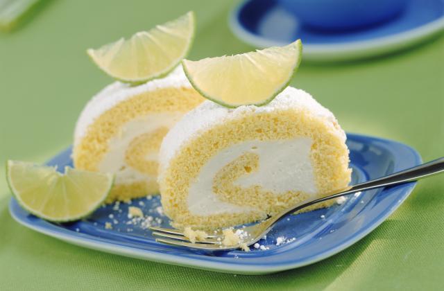 Biscuit roulé à la crème de citron - Photo par juliemk