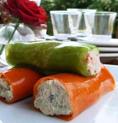 Cannellonis de poivrons à la mousse de thon et saumon - Photo par sophienO