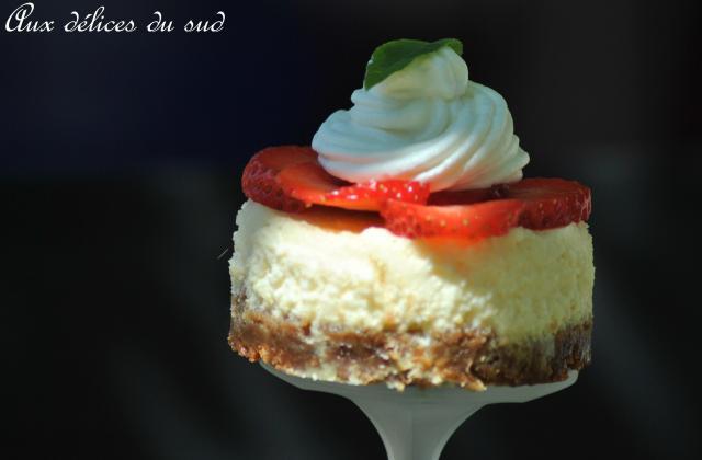 Mini-cheesecakes vanille et fraises - Photo par cricri3005