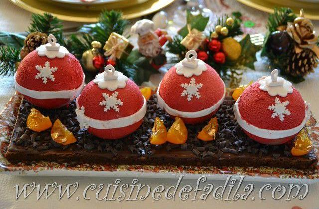 Bûches boules de Noël - Photo par FadilaB