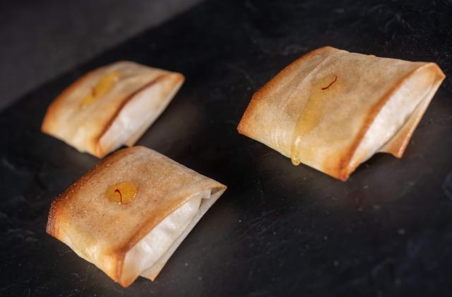 Pastillas de Rocamadour au miel et à l'huile safranée - Photo par C'Gourmand Prod