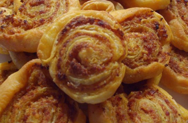 Feuilletés au chorizo maison - Photo par delice en cuisine