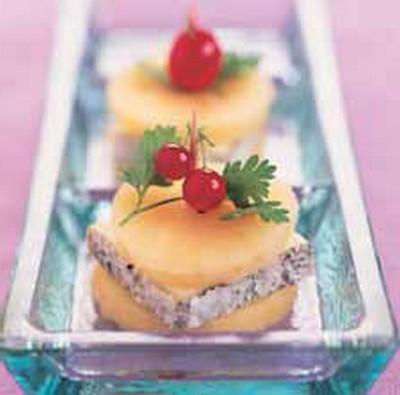 Sandwich de Valençay aux pommes - Photo par Fromages de Chèvre