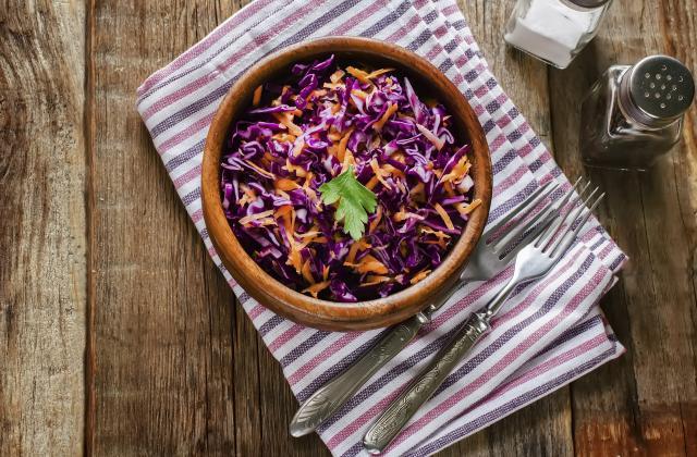 Salade de chou rouge et carottes - Photo par hayat de universdehayat