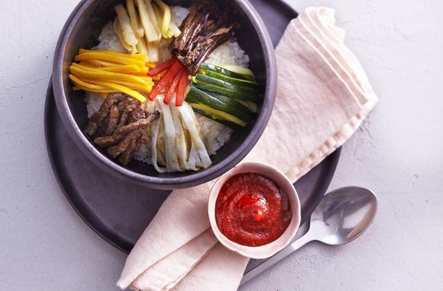 """Bibimap """" Riz aux légumes et à la viande de bœuf - Photo par AT Korea"""