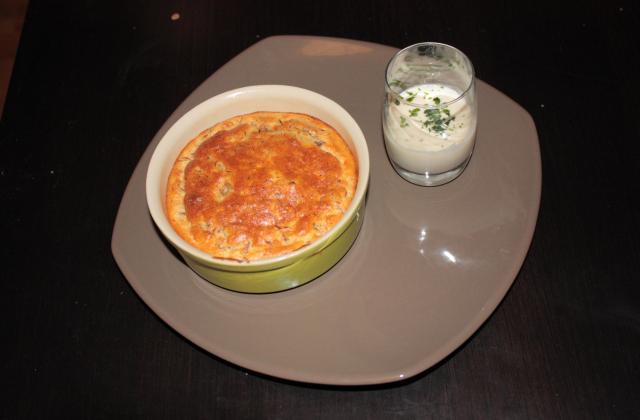 Soufflé de confit de canard aux pommes et sa chantilly de camembert - Photo par audechD