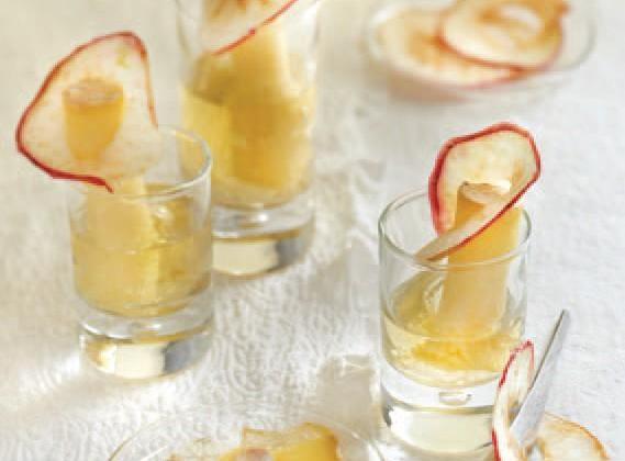 Cantal Jeune à la gelée de cidre et chips de pommes - Photo par Le Cantal