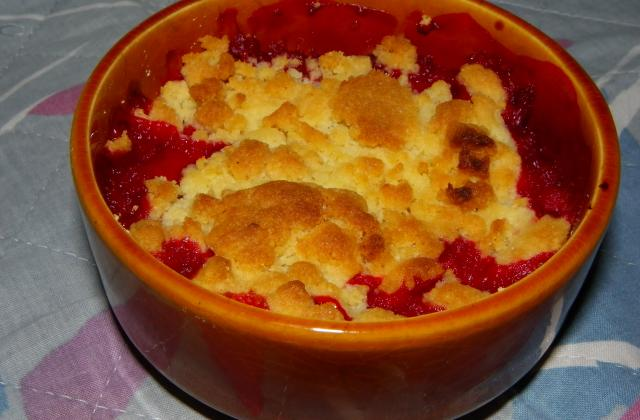Crumble fraise rhubarbe - Photo par Hilly's cook