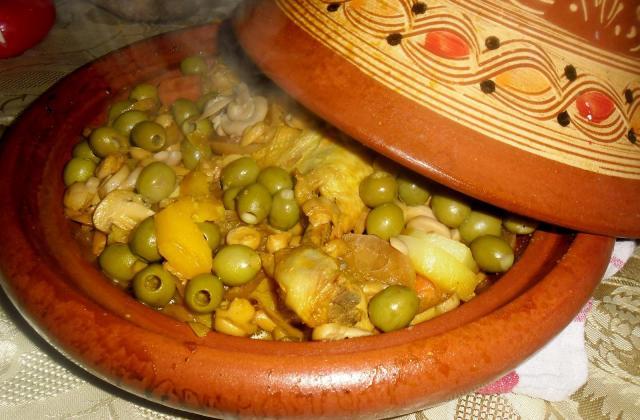Tajine de mouton façon marocaine pommes de terre - Photo par eliseez