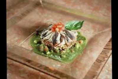 La tarte aux sardines et riz rouge de Camargue, huile de basilic - Photo par 750g