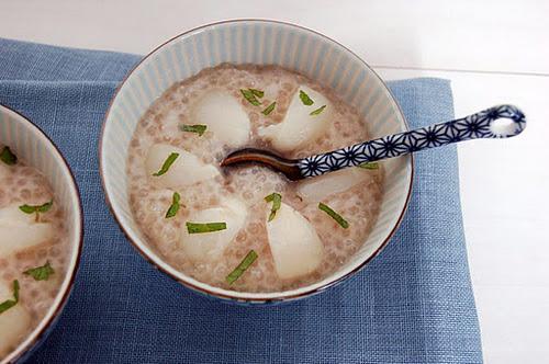 Tapioca au lait de coco, litchis et menthe - Photo par Alexanne