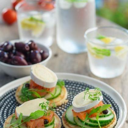 Pancakes saumon poivres et En Cas de Caprice - Photo par Quiveutdufromage.com
