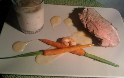 Agneau sur bisque de crevettes accompagné de son velouté de topinambour et ses carottes rôties - Photo par sophieMy