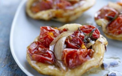 Mini pizzas aux Tomates cerises de France - Photo par Tomates de France