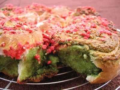Gâteau façon Chinois en Rose et Vert - Photo par kti07h