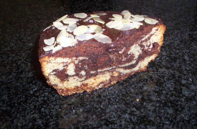 Gâteau marbé chocolat-vanille aux amandes - Photo par clemmaP