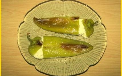Poivrons cornes farcis aux 3 fromages - Photo par biscottine