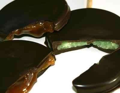 Sucettes au chocolat coeur de caramel au beurre salé - Photo par 750g