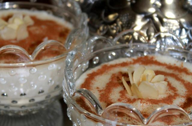 Crème de riz à la rose (Mouhalabia) - Photo par guilleNM