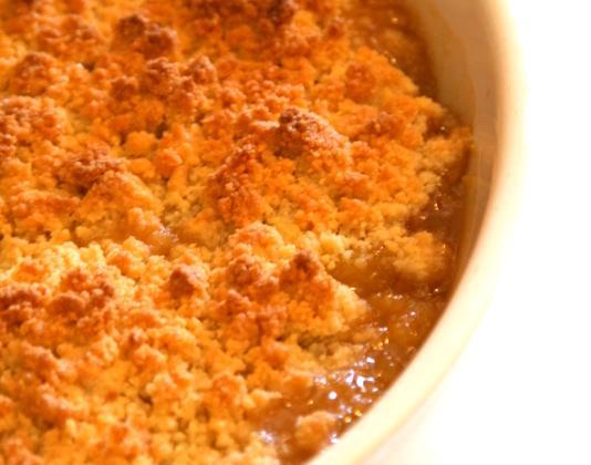 Crumble pommes/nectarines caramélisées - Photo par mon journal de cuisine