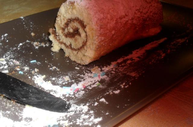Gâteau roulé au nutella classique - Photo par jeyyda