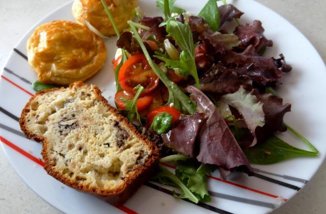 Cake au Roquefort Papillon et aux noix - Photo par elodie4rc