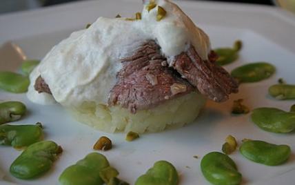 """Les trois 'é' : Emincé d""""agneau, émulsion de chèvre, écrasé de pommes de terre - Photo par notrea"""