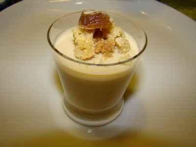 Mousse de marron et clémentine confite, streusel vanille de Papouasie - Photo par Sandrine Baumann