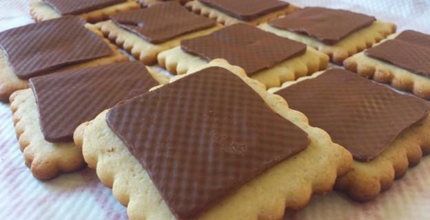 10 gâteaux et biscuits industriels à faire maison - Photo par 750g