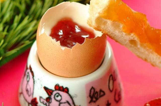 Confiture en œuf coque - Photo par Bonne Maman