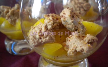Verrine de foie gras à l'ananas caramélisé et piment d'espelette - Photo par mimm10