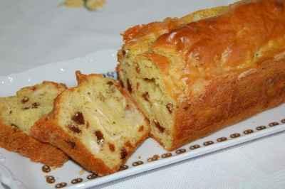 Cake au chèvre, curry et raisins secs - Photo par newelm
